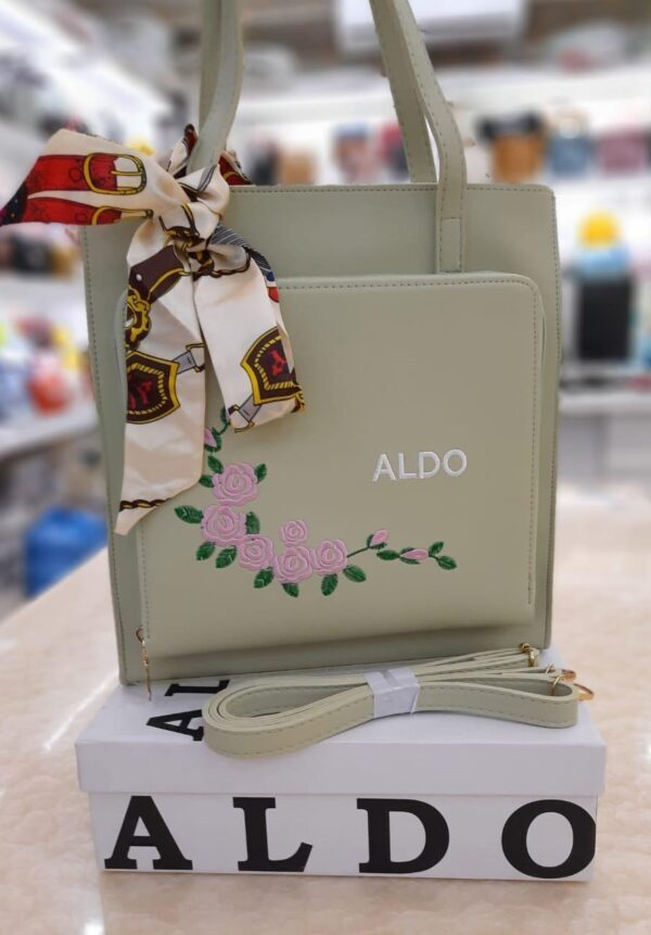 Bag for Women with golden chain green color